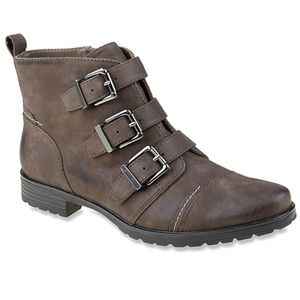 Earthies carlow stone leather Heeled ankle Boots